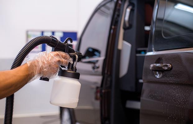 desinfeccion-de-vehiculos-con-ozono-talleres-pedro-madrono-1